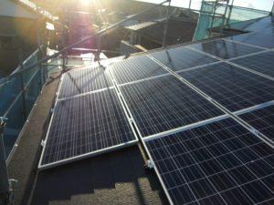 初期投資なしで搭載可能な太陽光発電☀